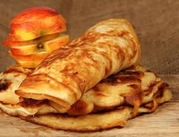 Vegane haferpfannkuchen mit apfel adobestock 48848348